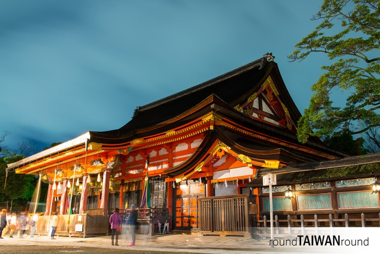 八坂神社 (Yasaka Shrine)-009