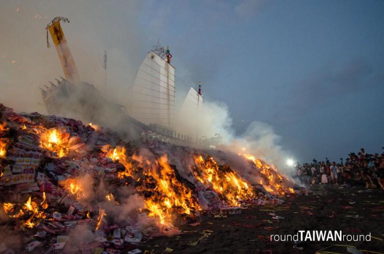 Wang Yeh Boat Burning Festival (東港王船祭)-106.jpg
